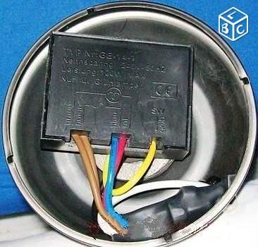 Interrupteur tactile 3 intensit s pour lampe 220v mes - Interrupteur lampe de chevet ...