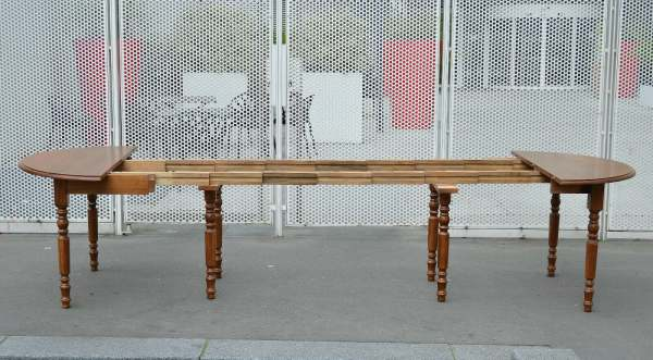 Vente Table style louis philippe 8 pieds 8 rallonges 19