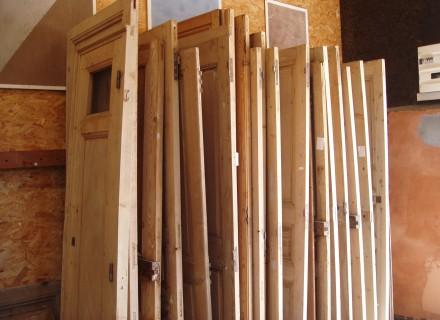lot de portes anciennes mes. Black Bedroom Furniture Sets. Home Design Ideas